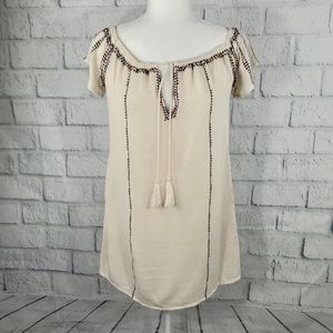 Lush - bohemian flowy embroidered top